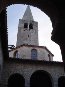 Eufrisiska basilikan